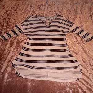 Navy Blue & White Small Striped Wilde Top